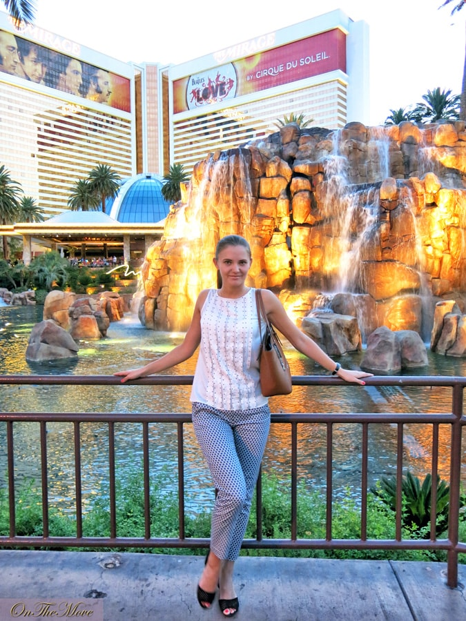 Las_Vegas_Venetian_hotel-2