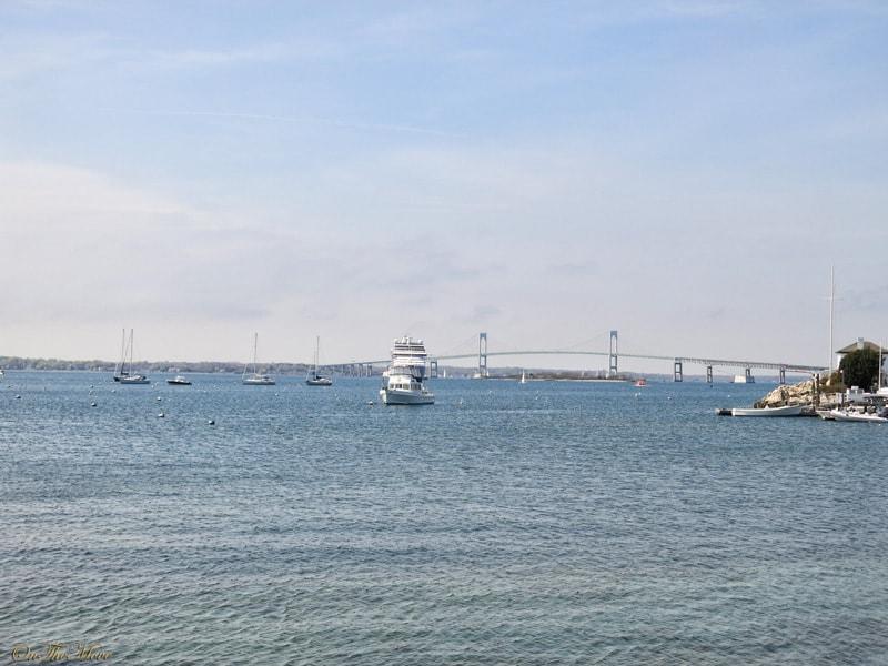Newport-Rhode_Island_bridge