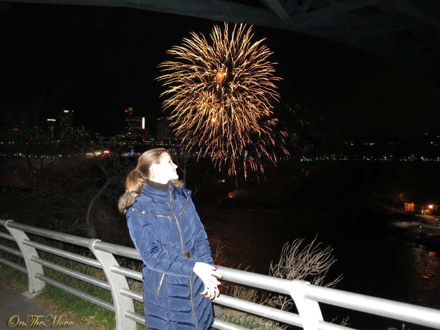 Niagara_Falls-fireworks