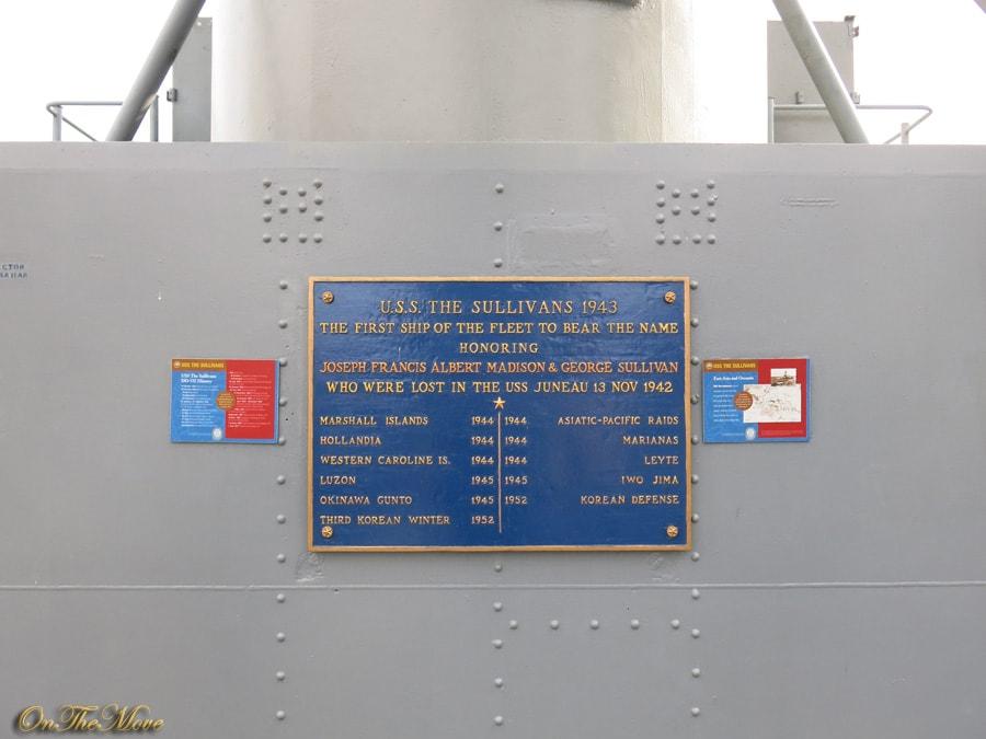 USS_Sullivans-1943
