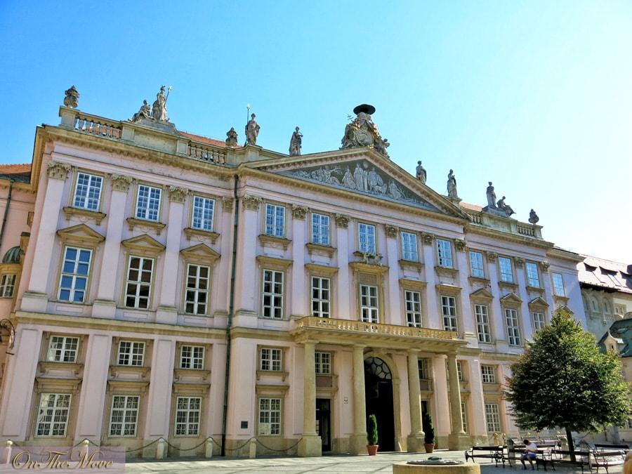 bratislava-Primaciálny_palác