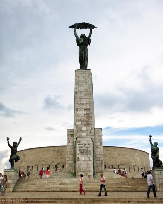 hungary_budapest-Liberty_Statue
