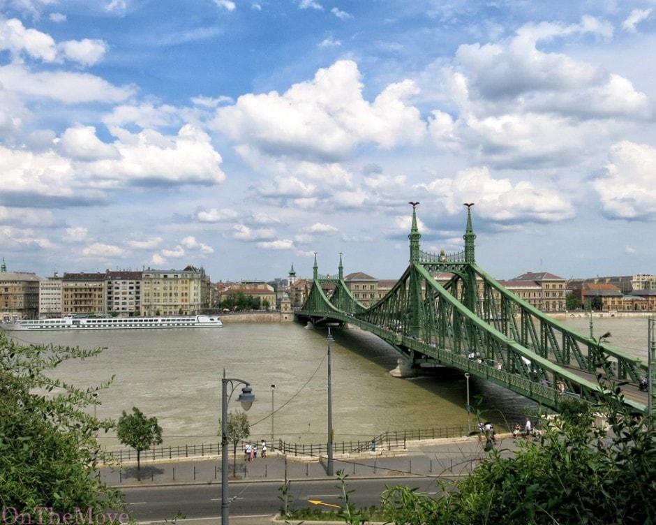 hungary_budapest-bridge